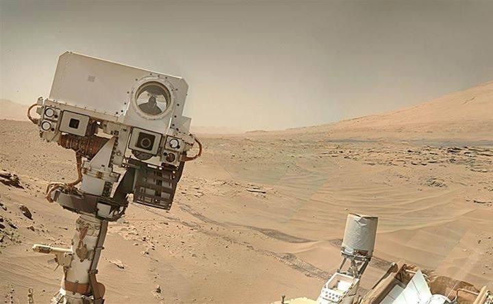 سلفي من المريخ